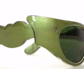 Green Flame Cat Eye Sunglasses